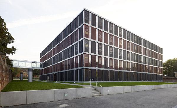 landratsamt ludwigsburg kubeneck architektenkubeneck architekten. Black Bedroom Furniture Sets. Home Design Ideas